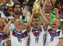 Tutti in piedi per Klose: oggi la Lazio premierà il campione del mondo